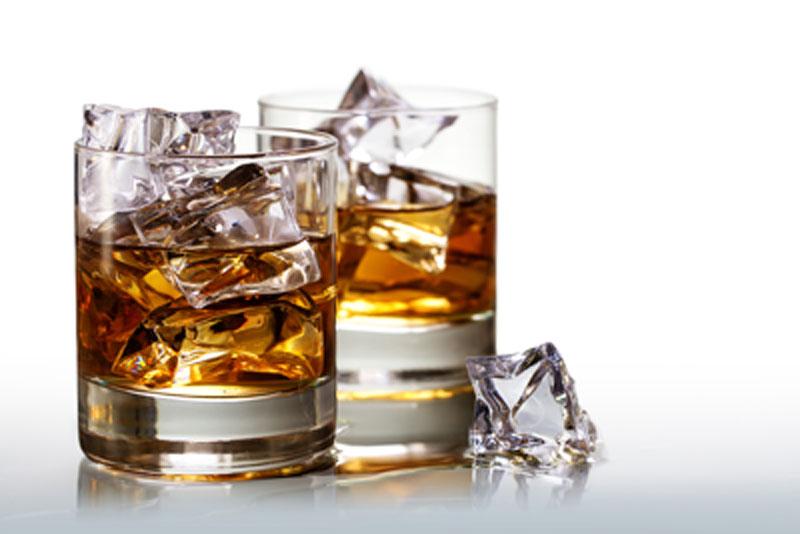 ニューハーフクラブで勤めた際に気を付けたいグラスの水滴