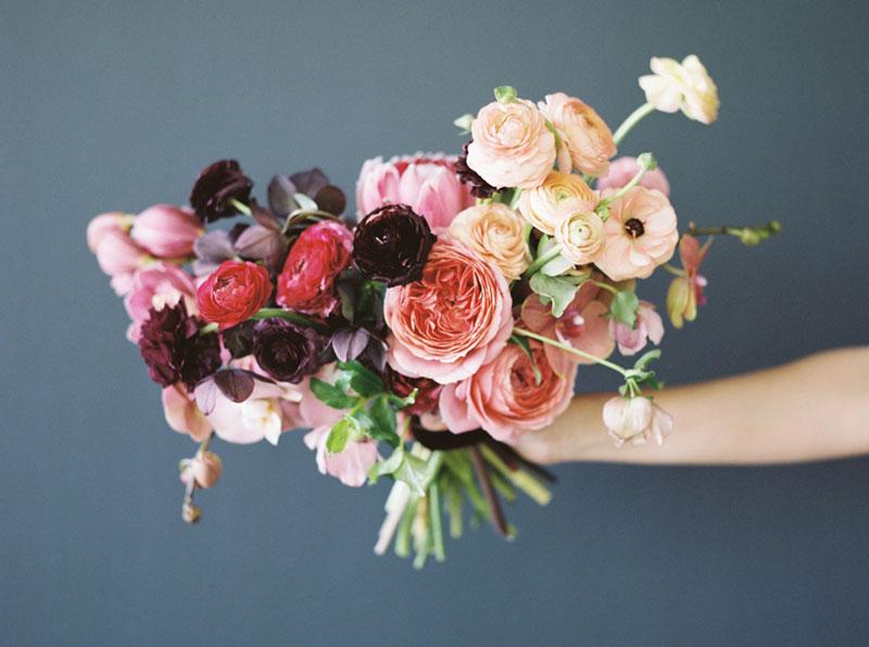 ニューハーフクラブで堅実に売れるために相手に花をもたせよう